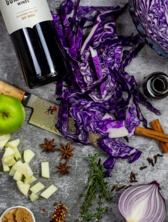 spiced red cabbage ingredients