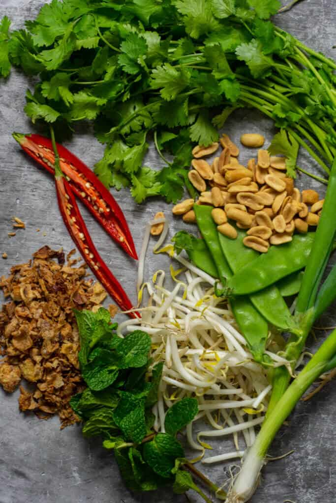 beansprout salad ingredients
